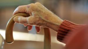 Menkes Ingris, Hunt mengatakan perubahan bisa dilakukan dari diri sendiri dengan lebih menghormati orang-orang yang lebih tua.