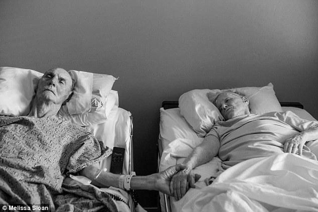 Sampai kematian memisahkan kita: Don dan Maxine Simpson, dari Bakersfield, California, meninggal dunia beda 4 jam